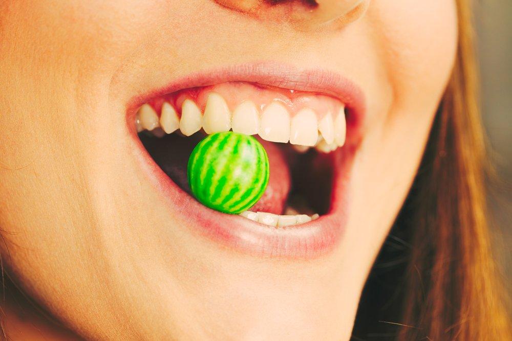 Come curare la parodontite: i rimedi
